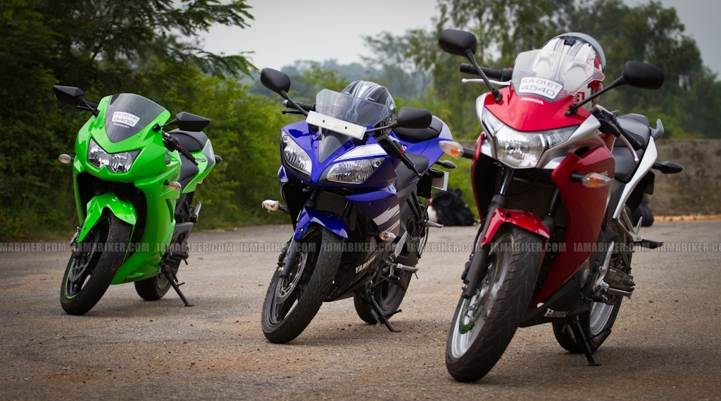 Detailed Report New Yzf R15 Version 2 0 Launched Delhi Ex