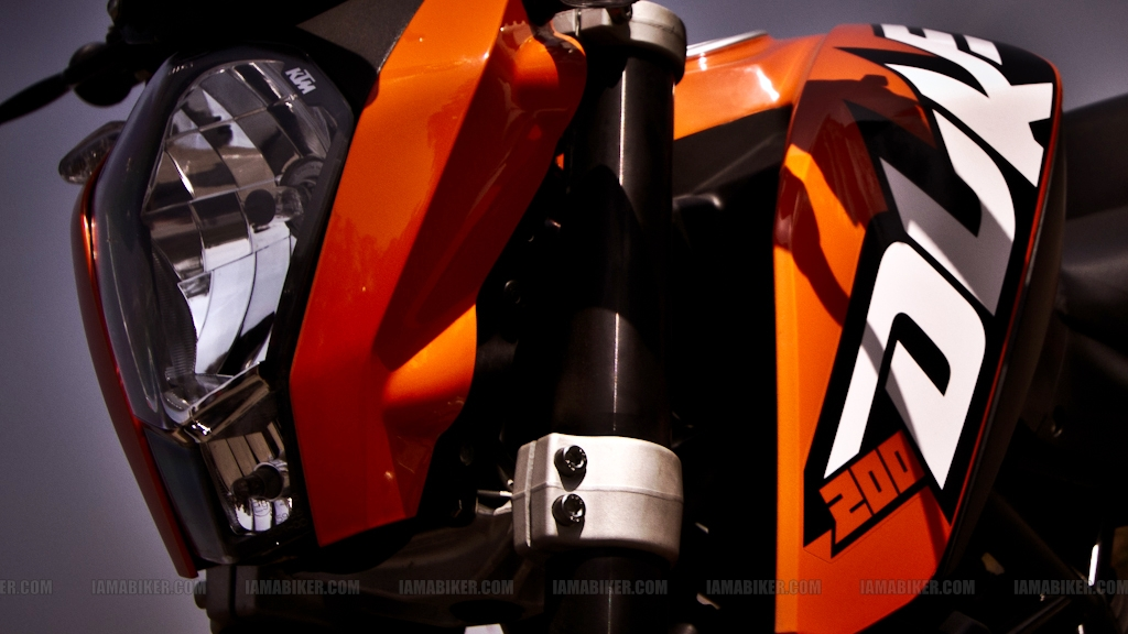KTM Duke Review Road test motorcycle reviews ktm duke 200 review ktm 200 review ktm 200 KTM duke 200 review bike reviews bajaj