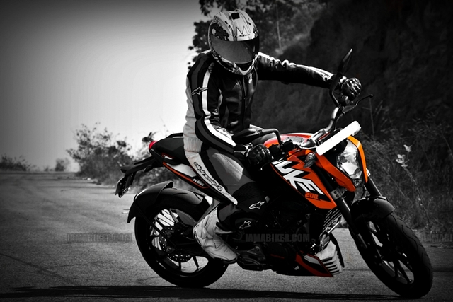KTM Duke review full road test motorcycle reviews ktm duke 200 review ktm 200 review ktm 200 KTM duke 200 review bike reviews bajaj