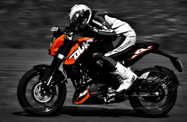 KTM Review Full Road test Engine Performance KTM Duke 200 Review