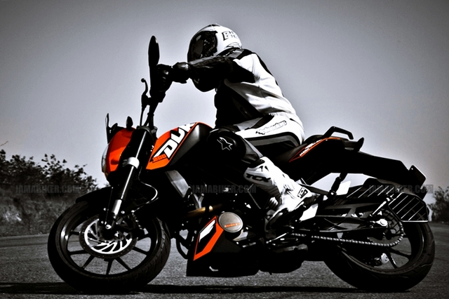KTM Review Road test Handling Breaking motorcycle reviews ktm duke 200 review ktm 200 review ktm 200 KTM duke 200 review bike reviews bajaj