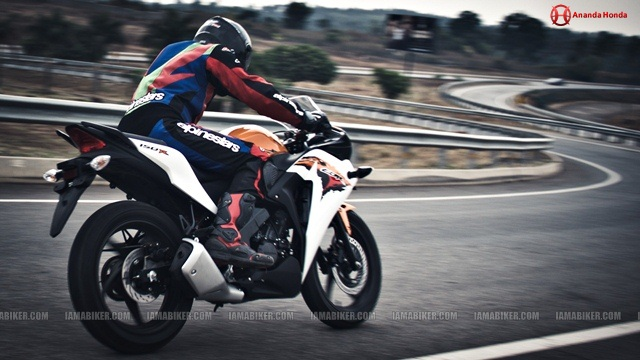 cbr 150r review road test handling and braking Honda CBR 150R Review