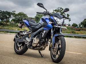 Pulsar 200NS review Pulsar 200NS review road test