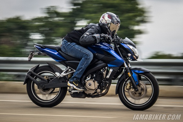 p200 ns review engine and performance Pulsar 200NS review road test