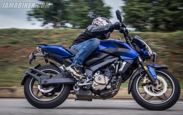 p200ns handling Pulsar 200NS review road test