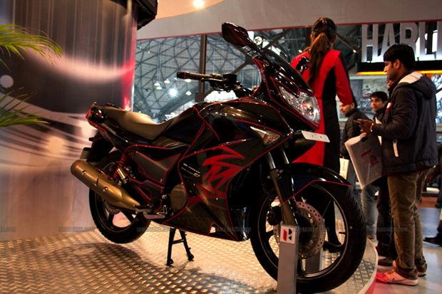 Hero MotoCorp ties up with Engines Engineering Hero MotoCorp ties up with Engines Engineering