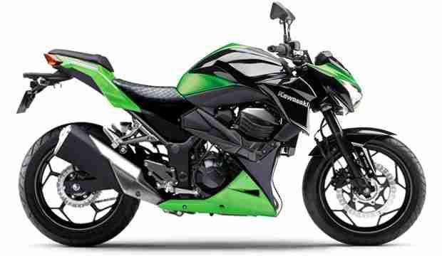 Naked Kawasaki 22
