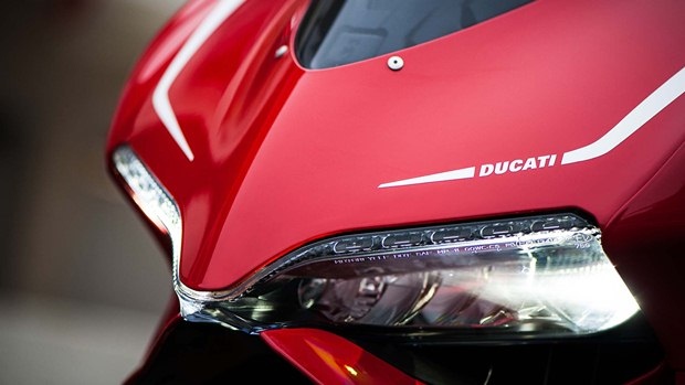 ducati panigale technical specifications photographs and. Black Bedroom Furniture Sets. Home Design Ideas