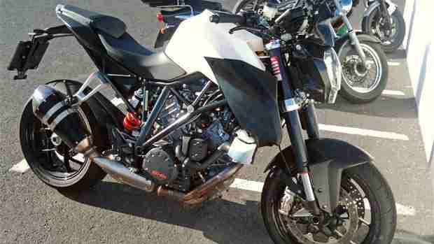 KTM 1290 Super Duke near production version spotted
