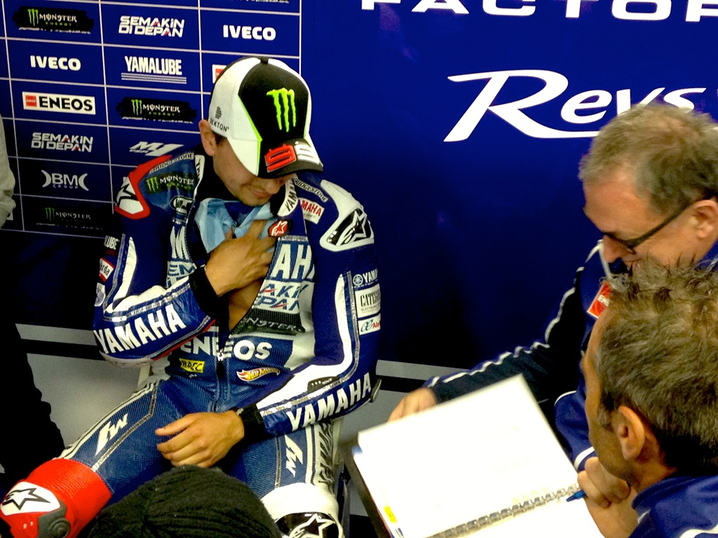 Motogp assen race wrap up jorge lorenzo voltagebd Images