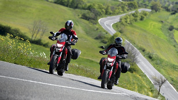 2013 Ducati Hyperstrada specifications