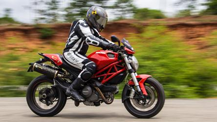 ducati monster 796 review