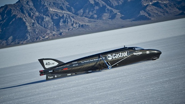 castrol rocket powered by triumph