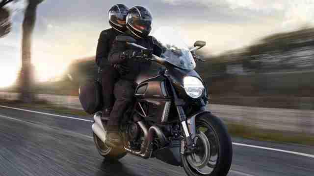 2014 Ducati Diavel unveiled