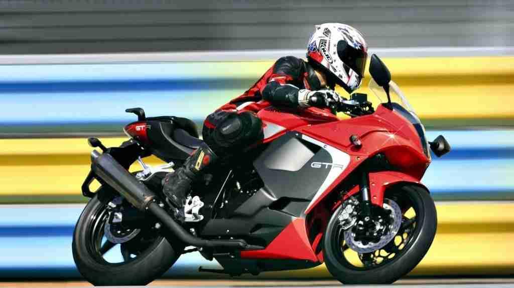2014 Hyosung GT250R India