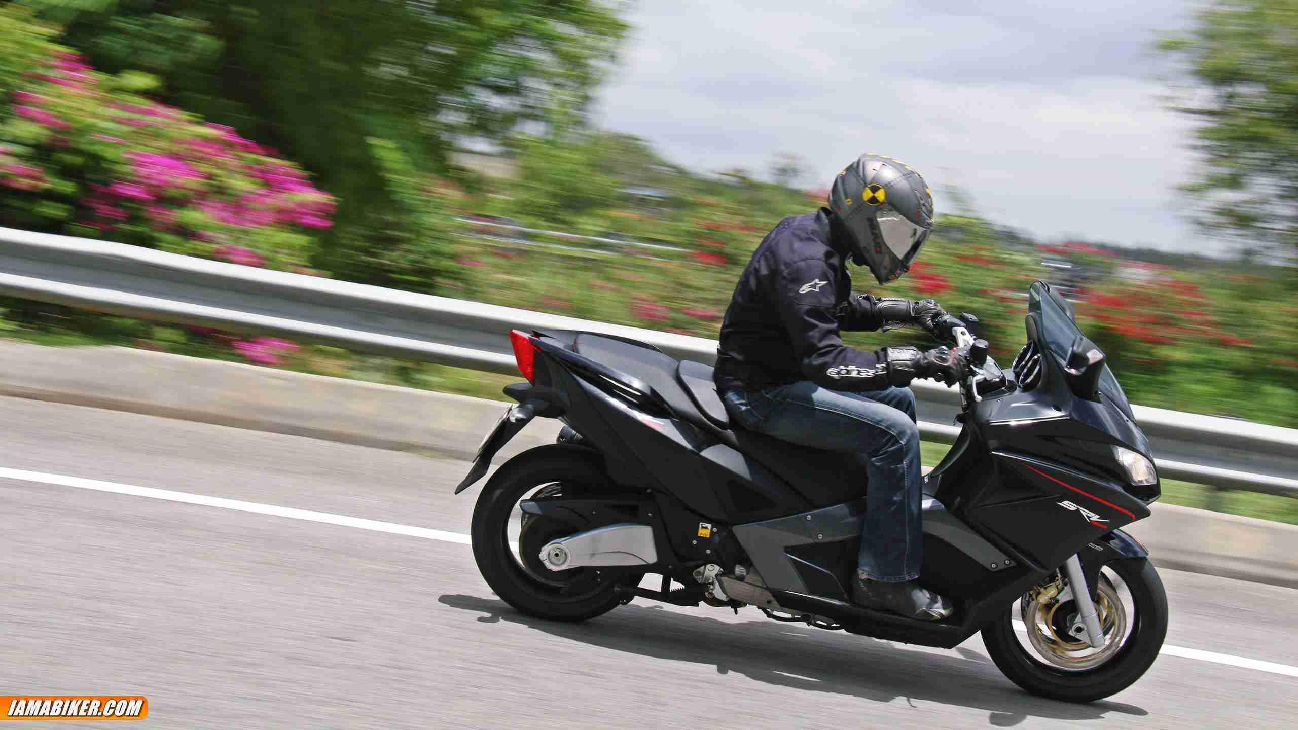 aprilia srv 850 review engine and performance