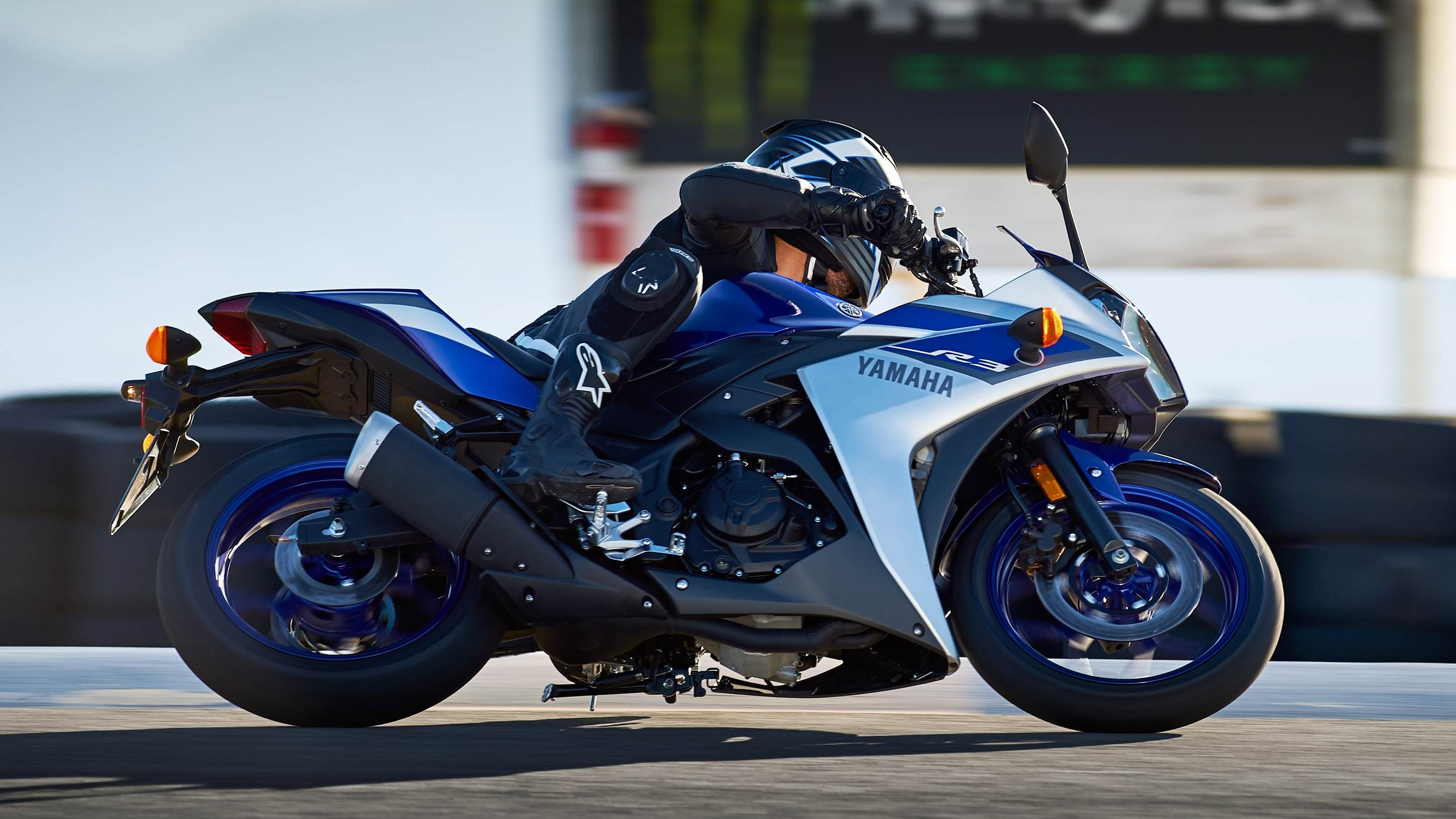 2015 yamaha yzf r3 announced. Black Bedroom Furniture Sets. Home Design Ideas