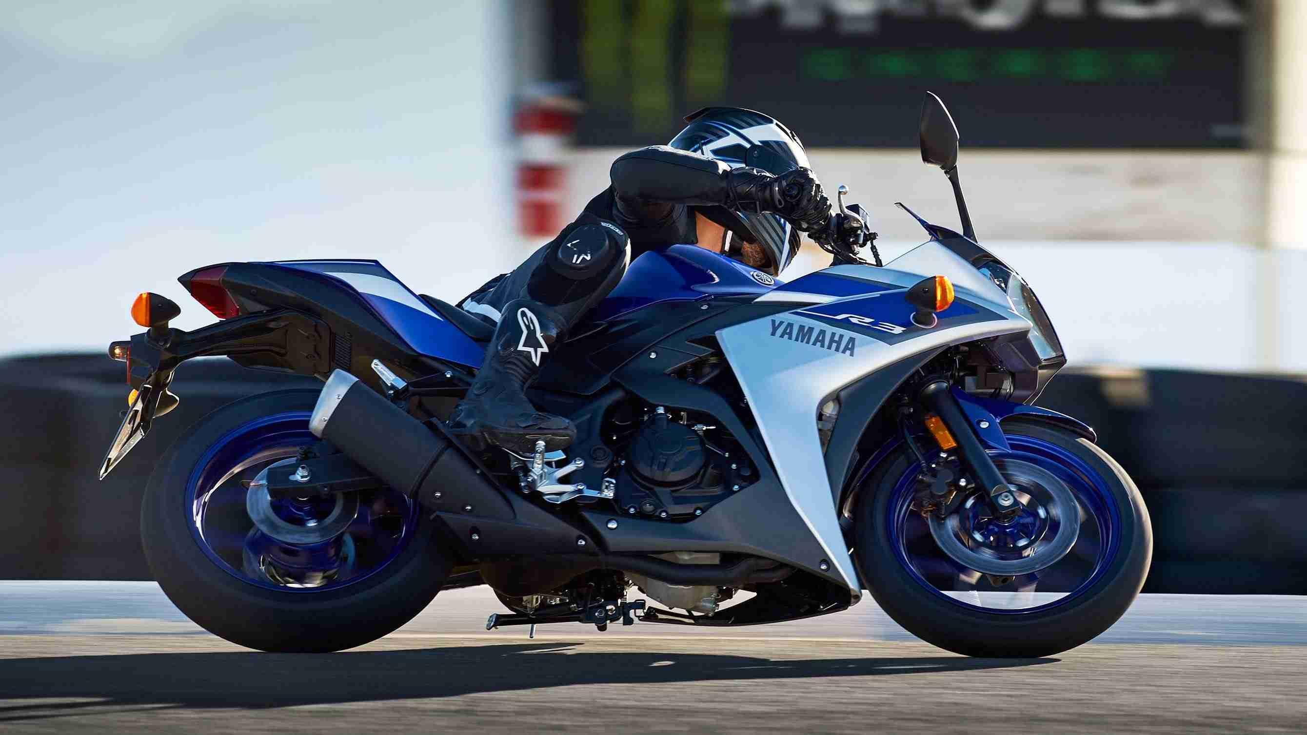2015 Yamaha YZF-R3 - blue