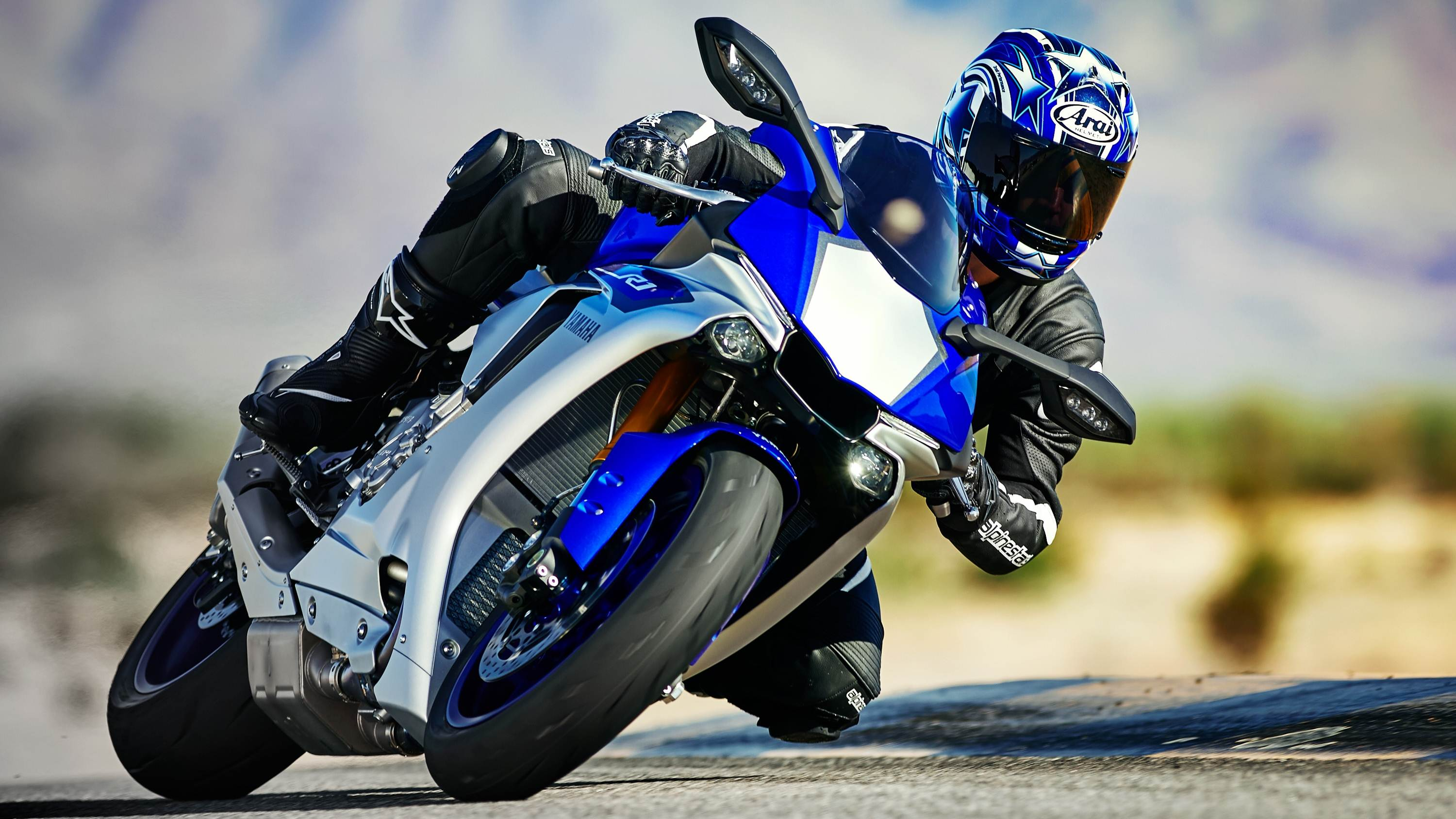 new 2015 yamaha r1