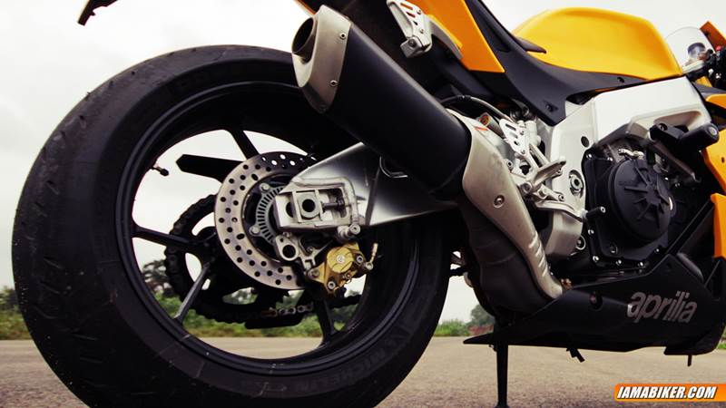 ABS mandatory for two wheelers above 125 cc from 2017