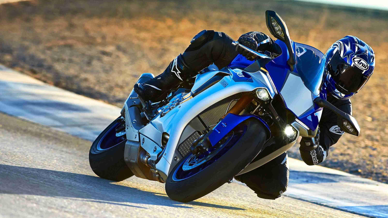 2015 Yamaha R1 HD wallpaper