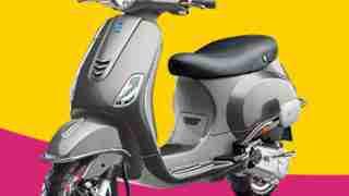 Vespa VXL 125 scooter