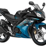 Yamaha R15 v2.0 Streaking Cyan colour option