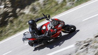 2015 BMW S1000XR red colour cornering