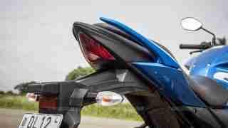 Suzuki Gixxer SF images - tail section
