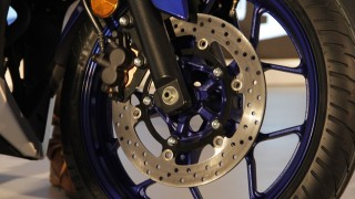 Yamaha YZF-R3 front disc