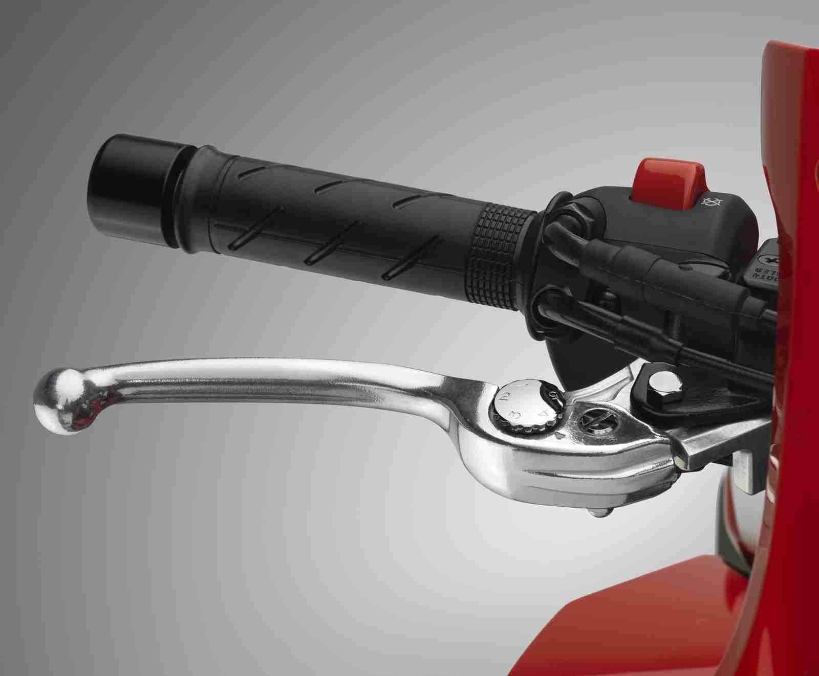 2016 Honda CBR500R action shot