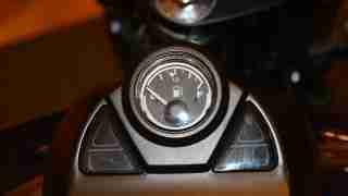 New Bajaj Avenger fuel level indicator