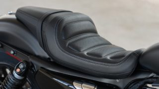 2016 Harley Davidson Roadster seat