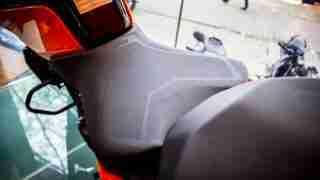 KTM Duke 250 seat