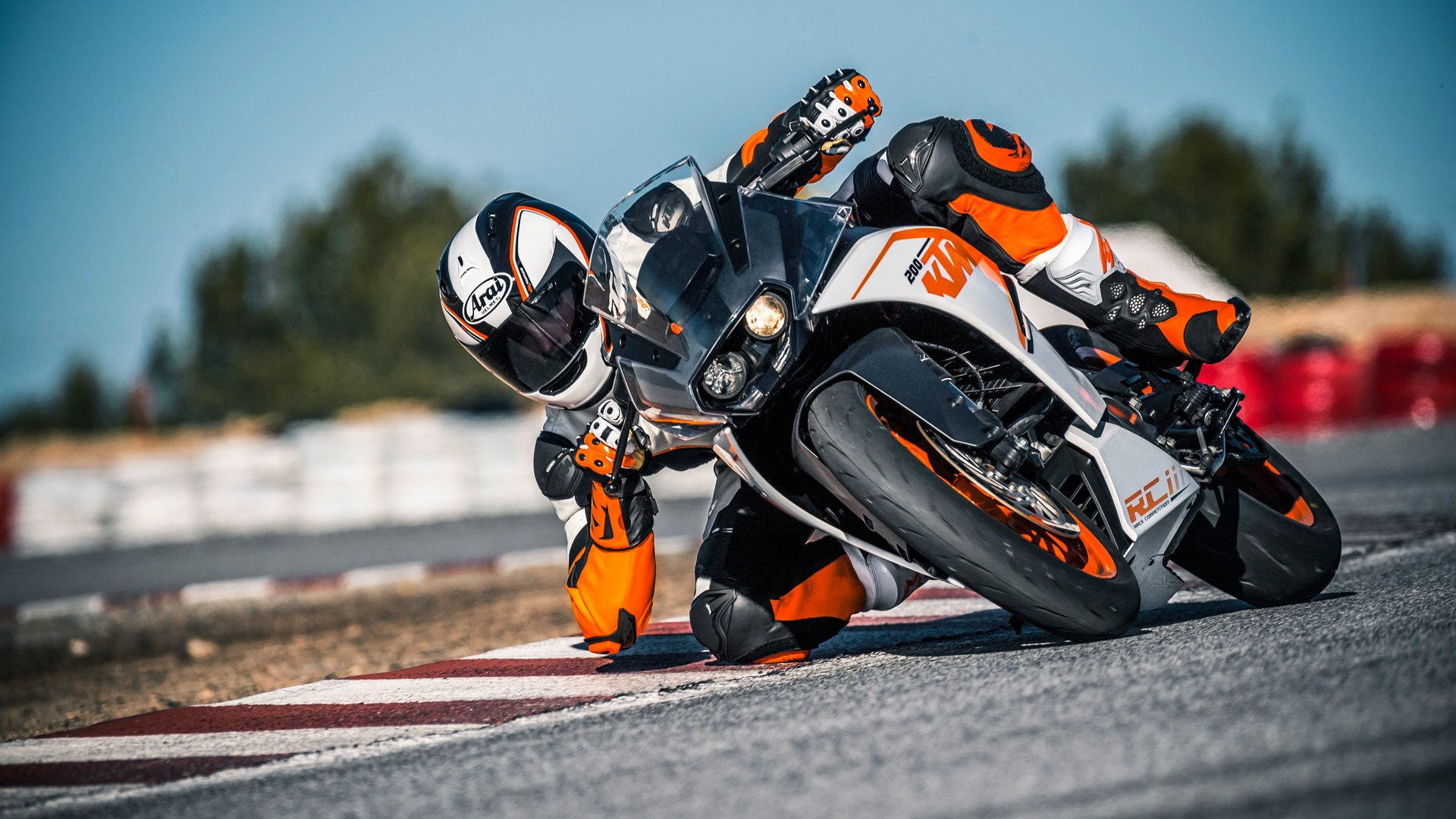 KTM RC200 HD wallpaper