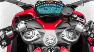 Ducati SuperSport cockpit