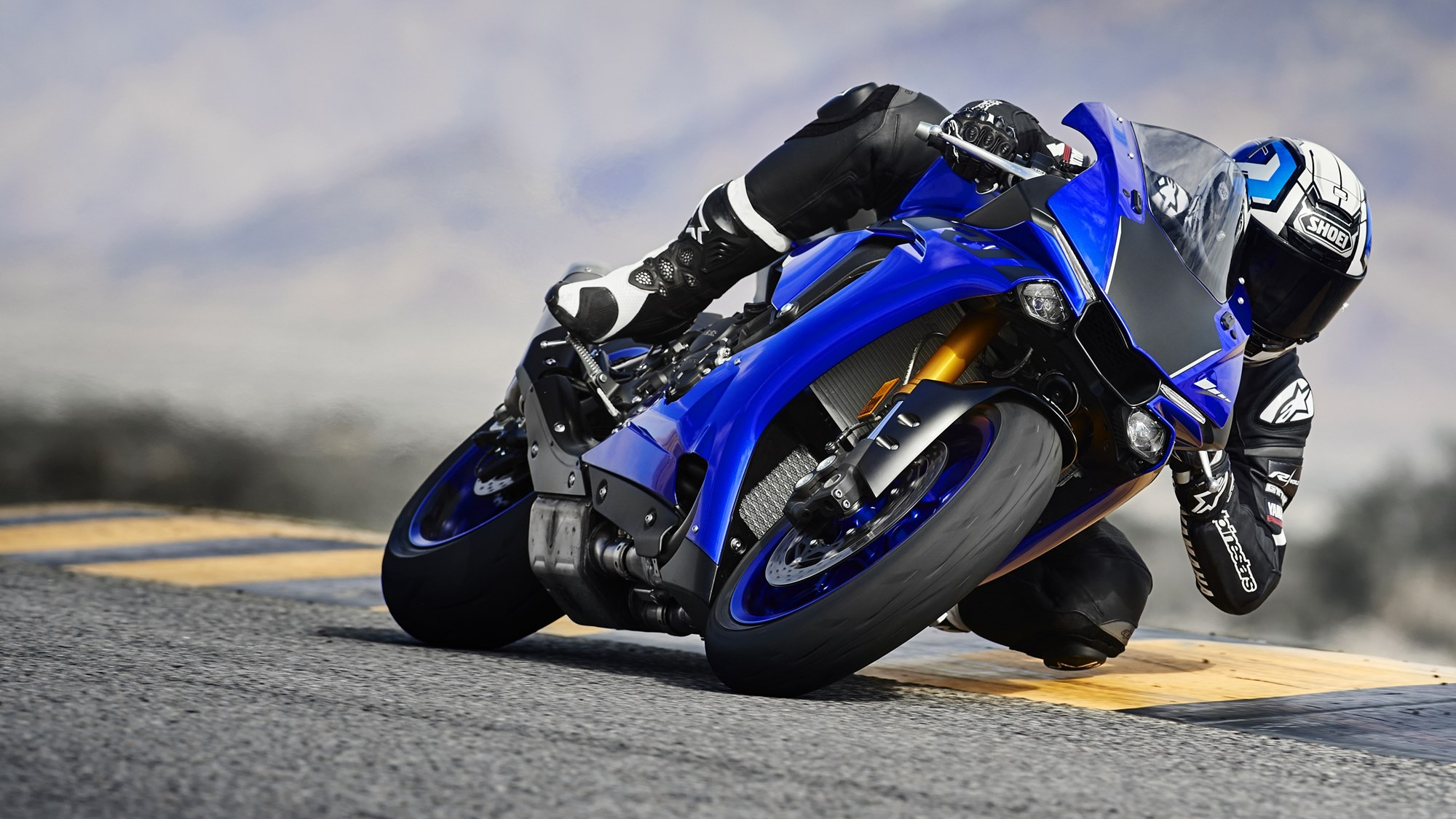 Yamaha YZF R1 Estimated Price, Launch Date 2020, Images