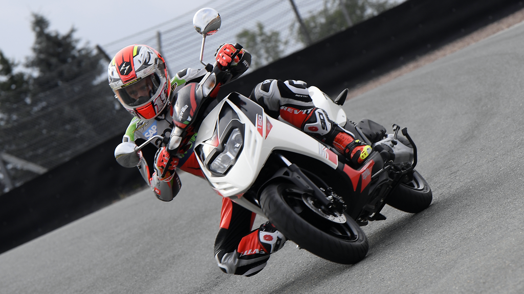 New Aprilia and Vespa dealership opens in Pune