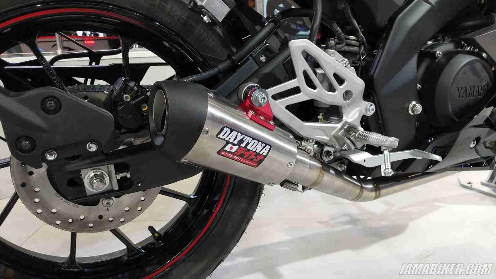 Yamaha R15 V3 daytona exhaust muffler silencer | IAMABIKER