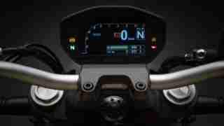 2018 Ducati Monster 821 meters screen