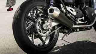 Triumph Speed Twin 1200 back tyre