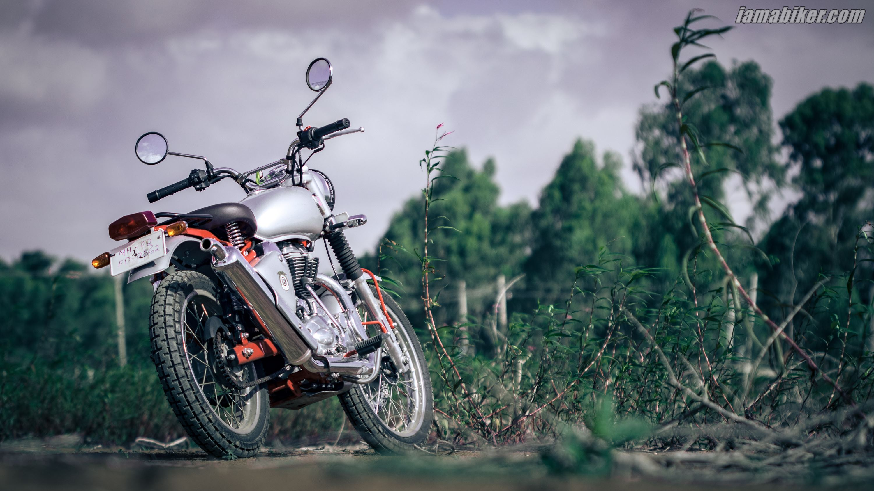 Royal Enfield Trials 350 HD wallpaper