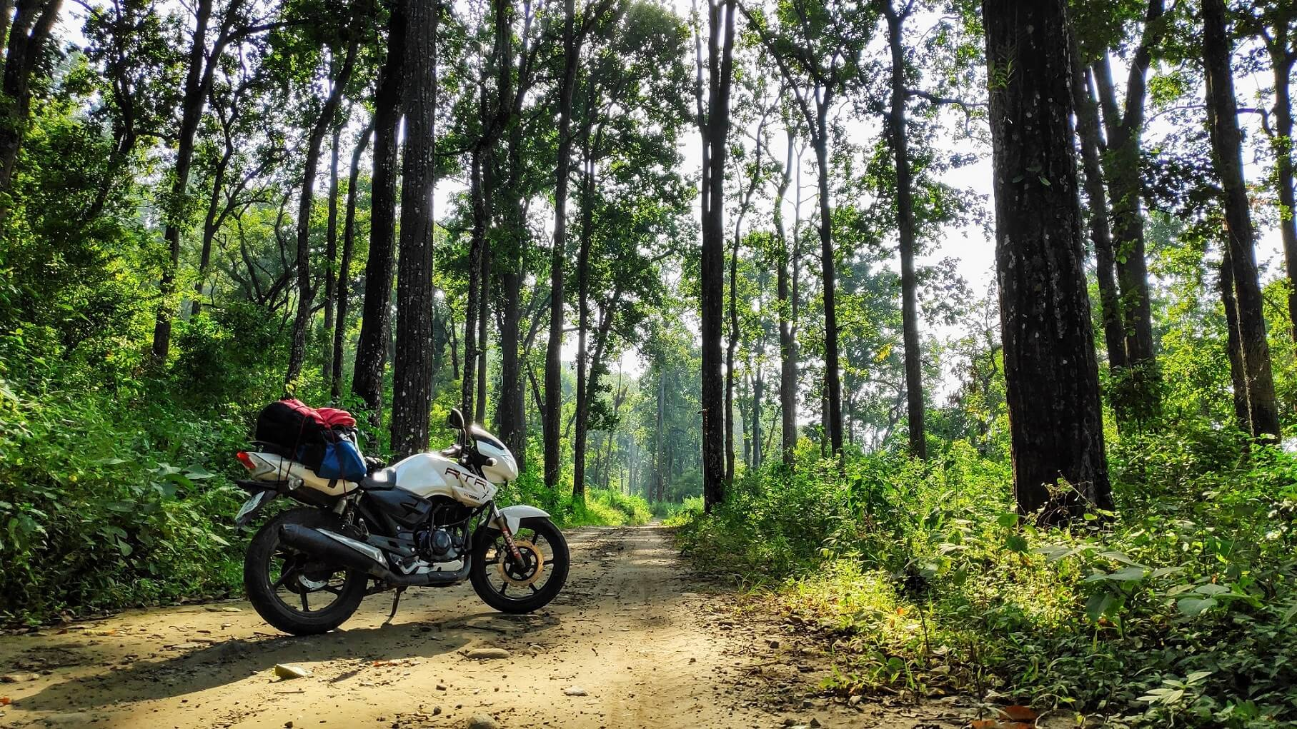 TVS Apache RTR 180 ABS scenic shot