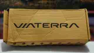 viaterra holeshot gloves packaging