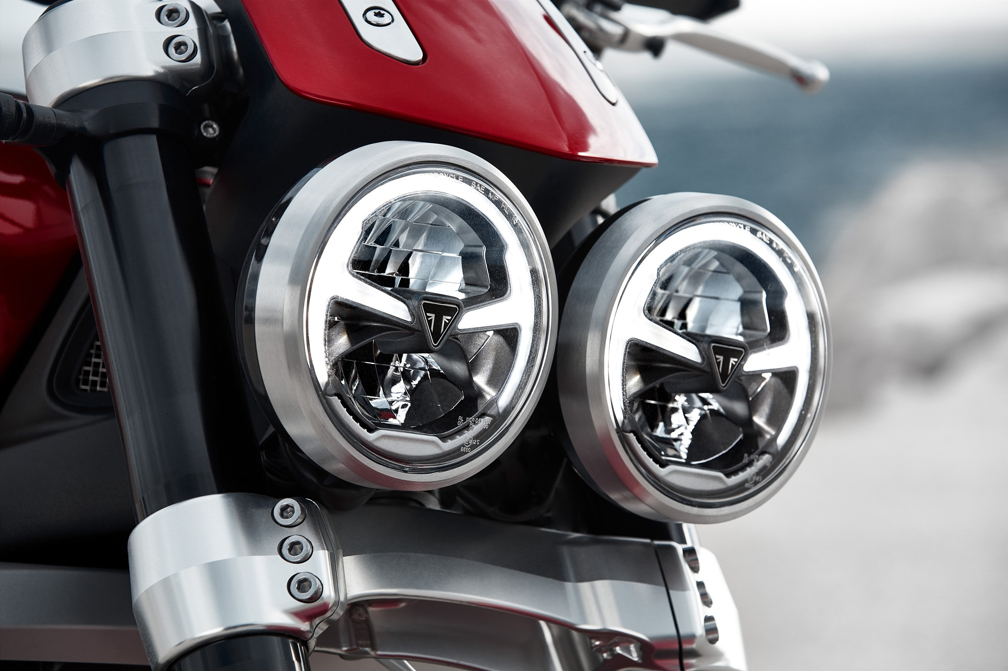 2019 Triumph Rocket 3 R and GT headlight