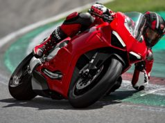 Ducati Panigale V2 HD wallpaper