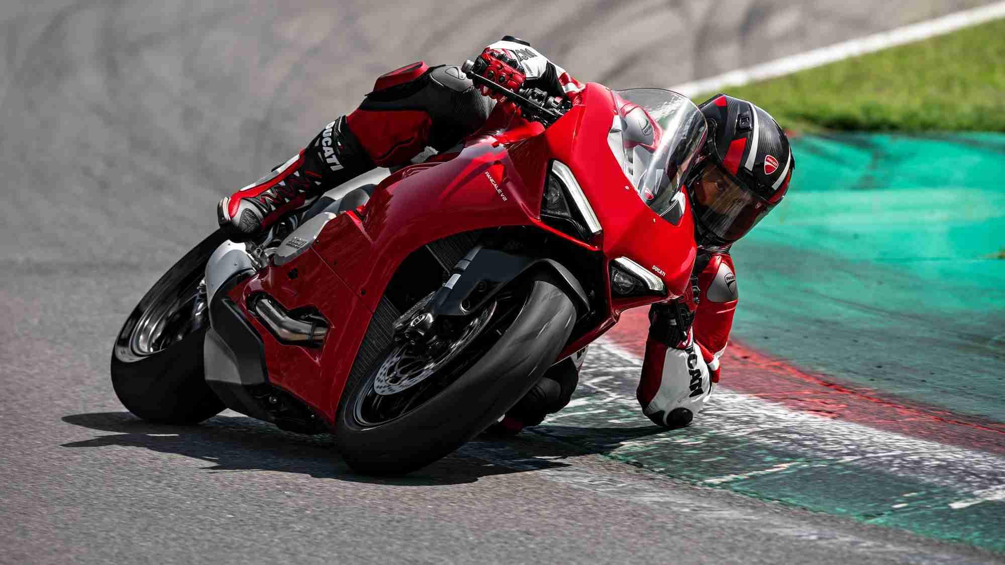 Ducati Panigale V2 HD wallpaper