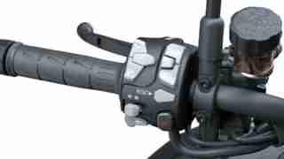 Kawasaki Z H2 HD switch gear - handle bar buttons