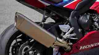 2020 Honda CBR1000RR-R SP Fireblade Akrapovic exhaust