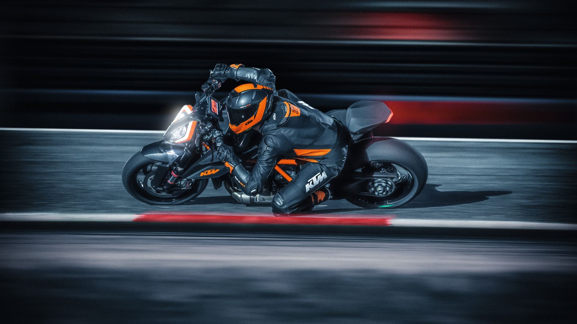 2020 KTM 1290 SUPER DUKE R wallpaper